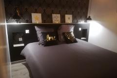 Chambre-avec-lit-de-180